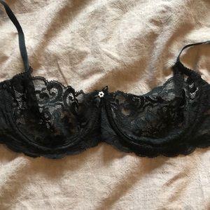 Women's lace black bra